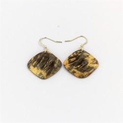 Boucles d'oreilles en bois de loupe d'érable teinté noir